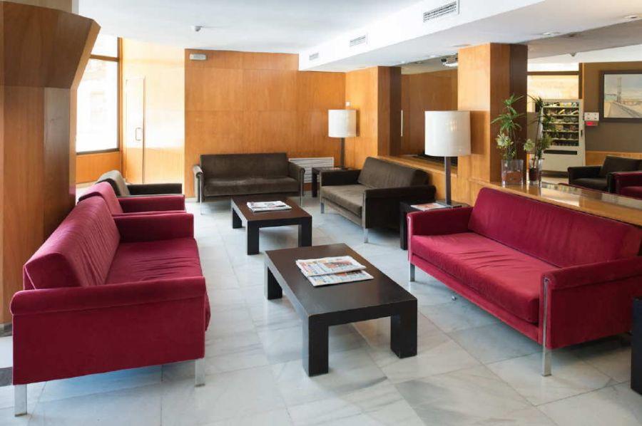pack f1 barcelona hc sagrada familia formel 1 motogp. Black Bedroom Furniture Sets. Home Design Ideas