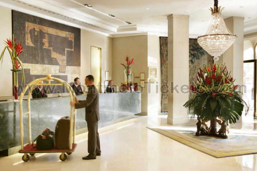 vip pack platinum f1 formel 1 motogp tickets gp barcelona. Black Bedroom Furniture Sets. Home Design Ideas